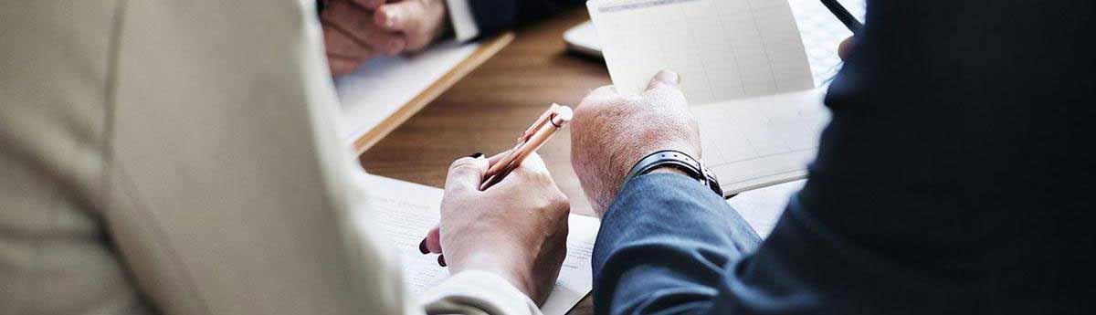 Charge Chargee De Clientele Bancaire Metier Etudes Diplomes