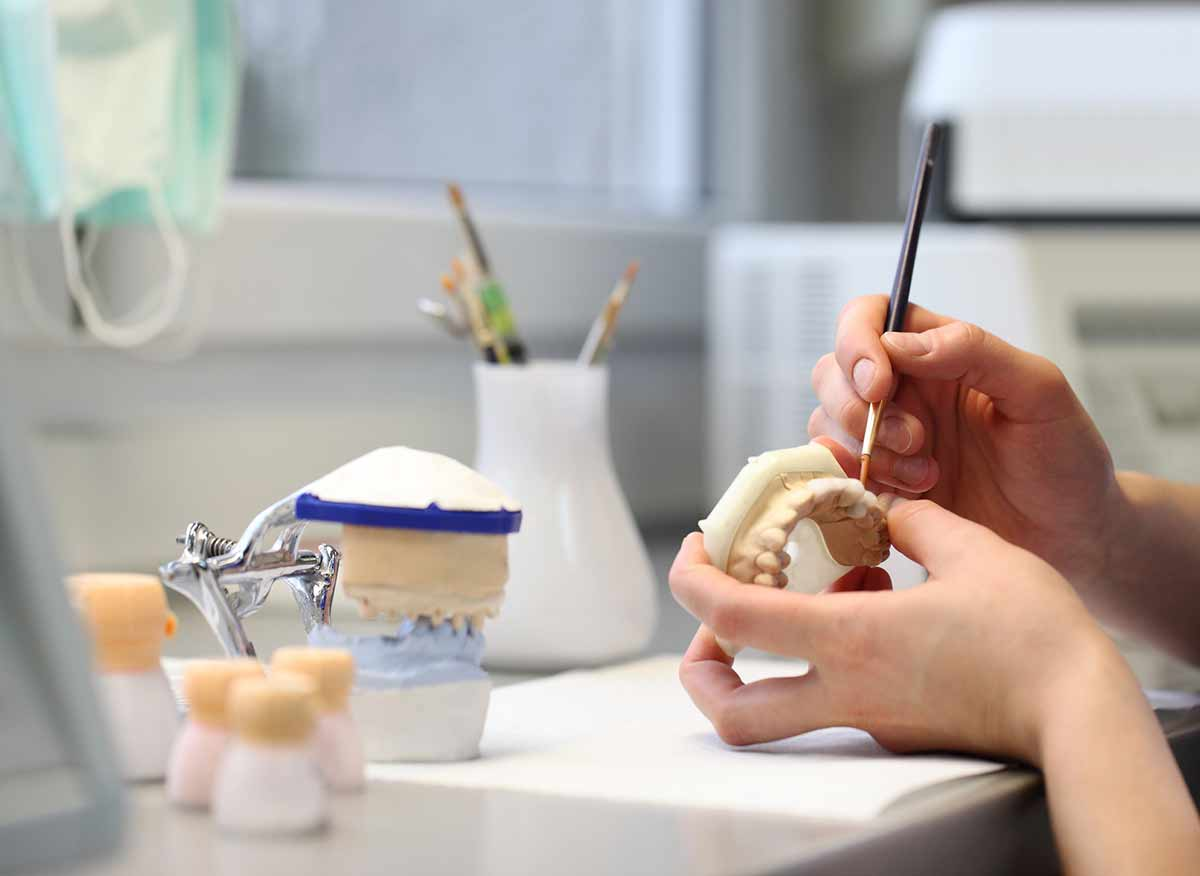 Prothesiste dentaire salaires