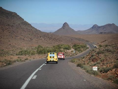 4l trophy un road trip jusqu 39 au maroc pour la bonne cause cidj. Black Bedroom Furniture Sets. Home Design Ideas