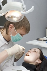 Chirurgien-dentiste / Chirurgienne-dentiste