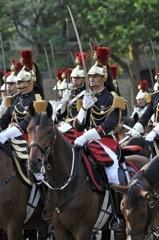 Je forme les jeunes cavaliers et chevaux de la garde républicaine