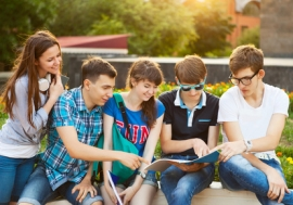 Pour les jeunes, la lutte contre le chômage : priorité du prochain président