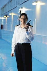Emmanuelle Jarnot, une femme aux commandes d'un navire