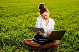 Créer une entreprise ou travailler à la campagne : ces jeunes qui s'installent au vert
