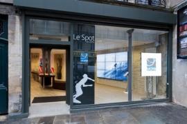 Un spot parisien pour les amateurs de vacances sportives