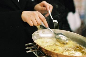 Cuisinier cuisini re tudes dipl mes salaire for Cuisinier etude