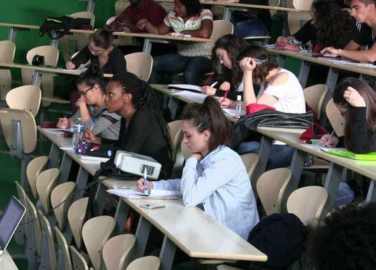 Rencontres med étudiants