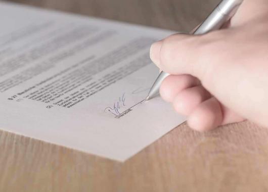 Signer Un Contrat De Professionnalisation Cidj